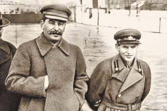 Сталин гомосексуалис т